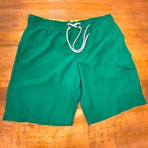 Men's Red Camel Large Kelly green swim trunks